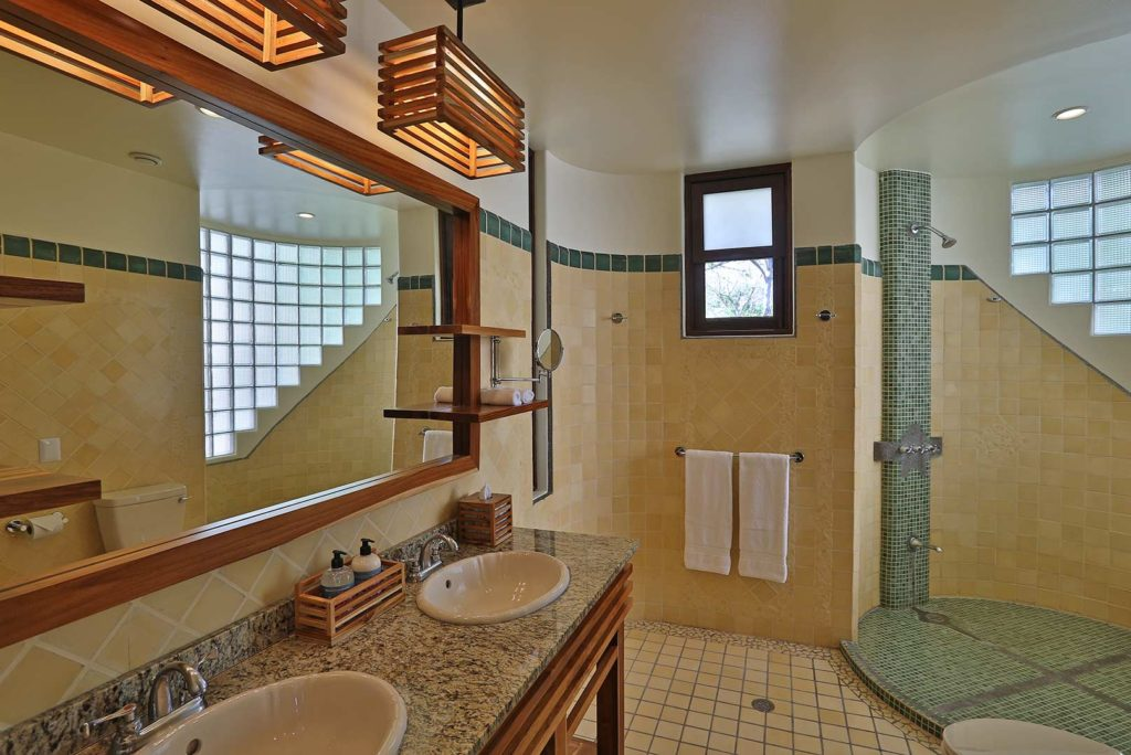37-Luxury-Suite-Bathrooms